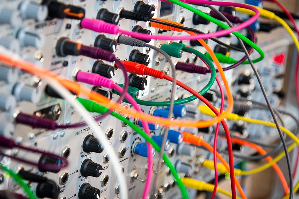 Panneau de contrôle de communication avec des fiches colorées